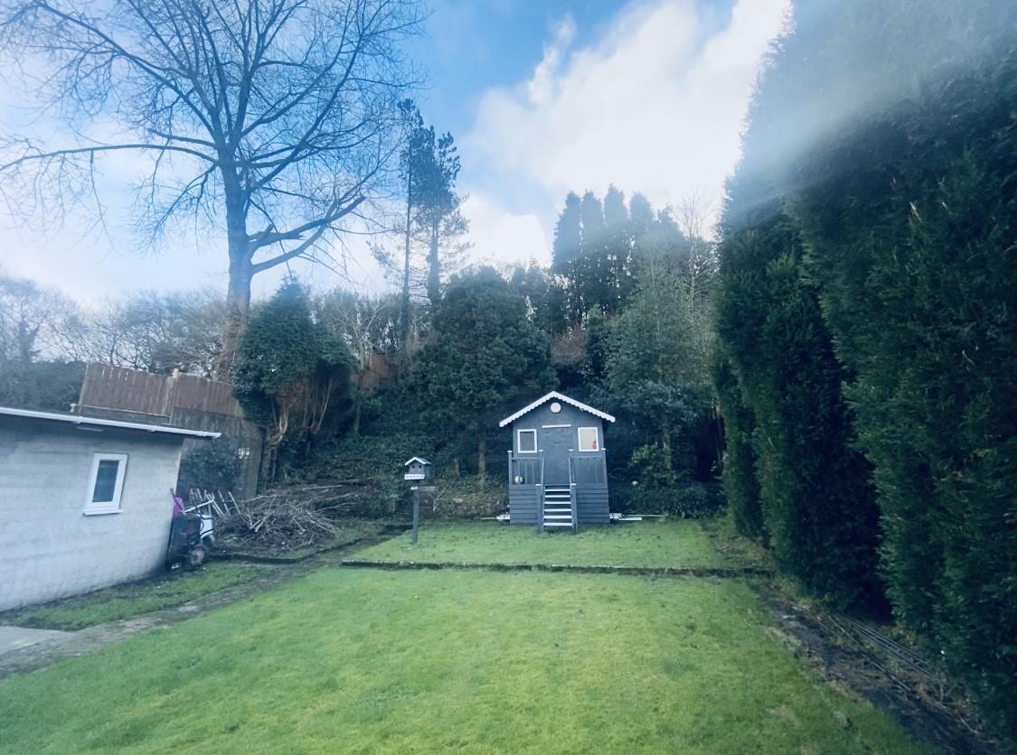 Swansea Road, Waunarlwydd, Swansea, SA5 4TQ